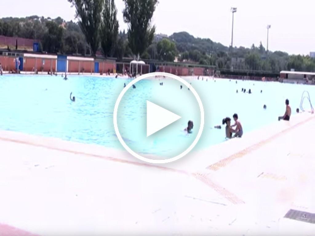La Piscina Del Parque Deportivo Puerta De Hierro Es La Autentica