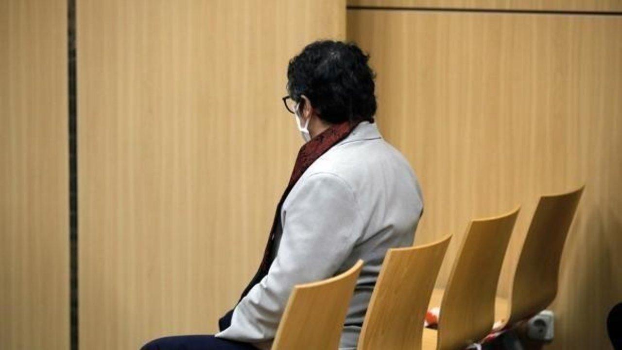 El acusado durante el juicio en la Audiencia de Valencia.