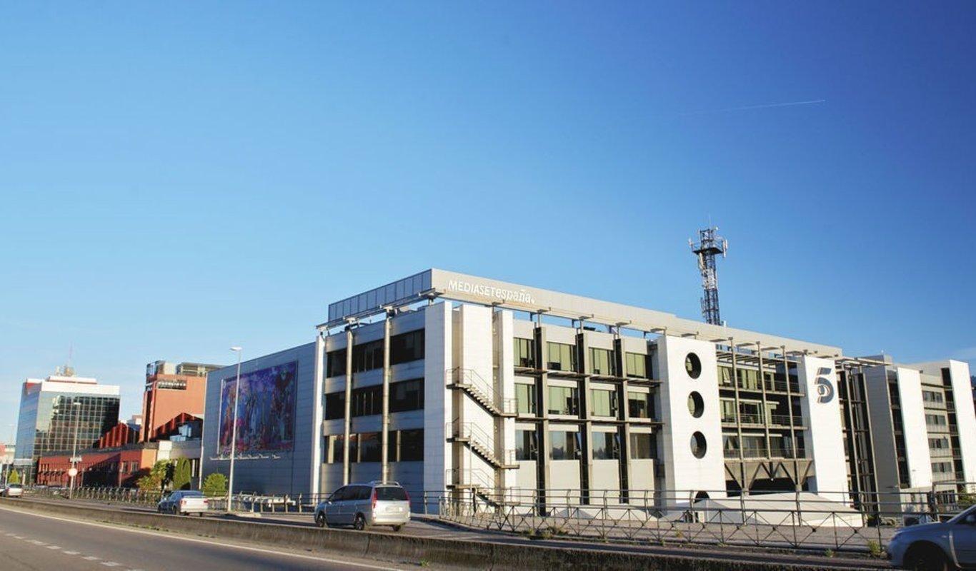 Mediaset sustituirá este verano la Eurocopa por un reality que ya está preparando