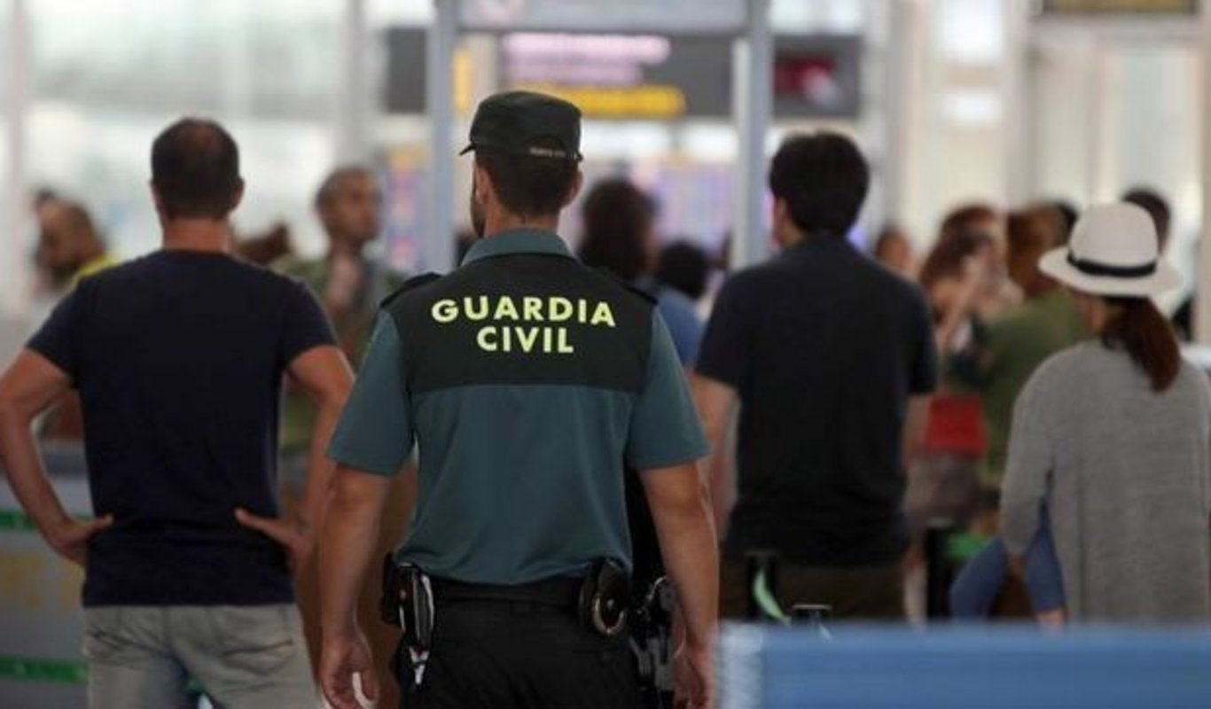 Guardia Civil en El Prat.