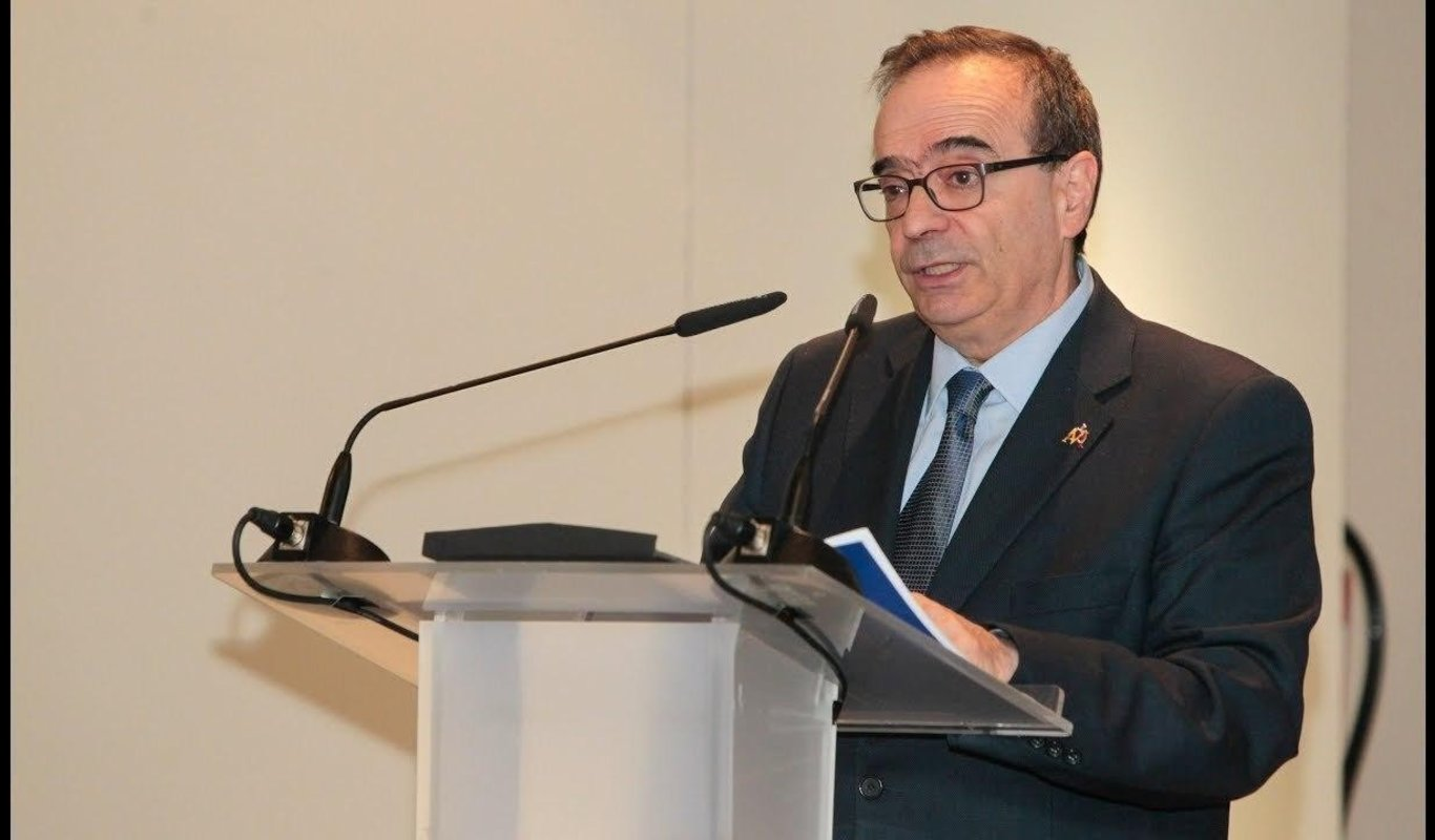 Al doctor Germán Peces-Barba, nombrado neumólogo del año