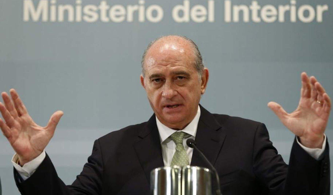 Lo llaman 'vía Nanclares III'. Interior tiene ya un plan para acercar al País Vasco a los presos de ETA que se arrepientan