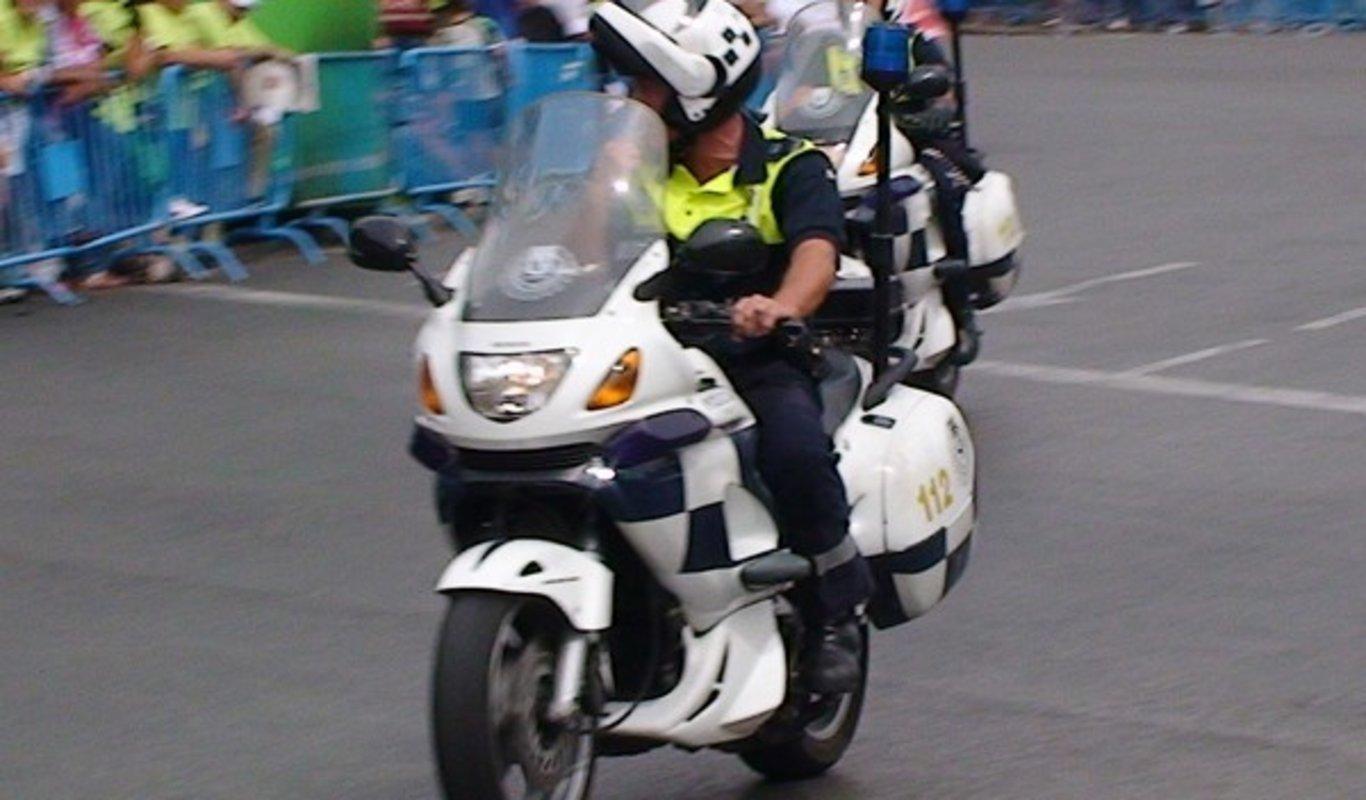 Agente de la Policía Municipal de Madrid en moto.