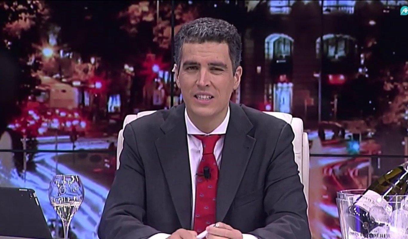 El ex presentador de `El Gato al Agua` ficha por Antena 3 y se incorpora a `Espejo Público`
