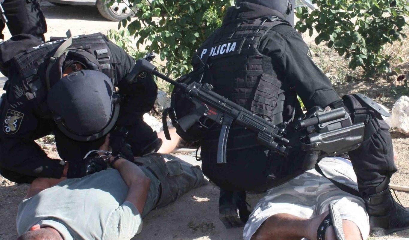 Operación policial de los GEO.