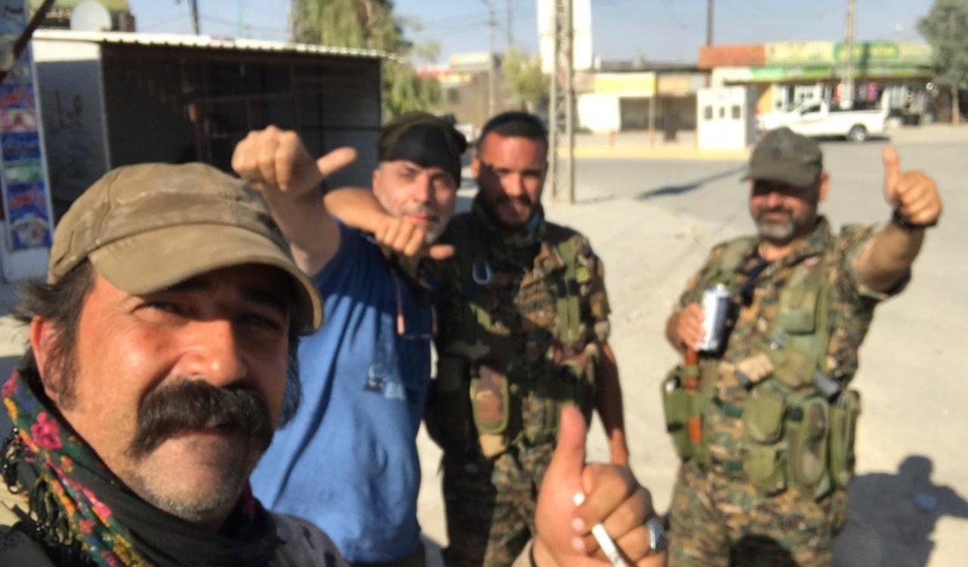 Voluntarios españoles participan en una operación contra restos de Daesh en Irak.