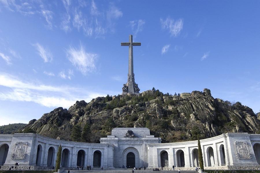 El Gobierno deja sin subida de sueldo al personal del Valle de los Caídos