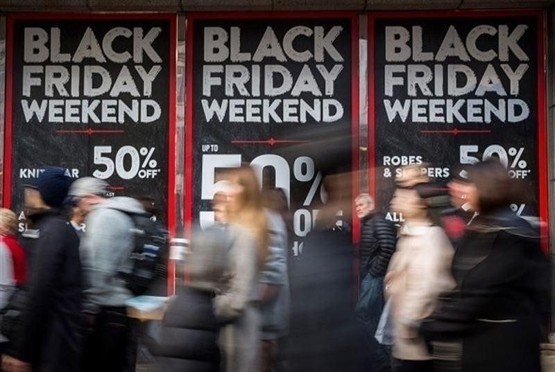 El Corte Inglés, Amazon, Zara y Apple lanzan un 'Black Friday' de dos semanas con megadescuentos