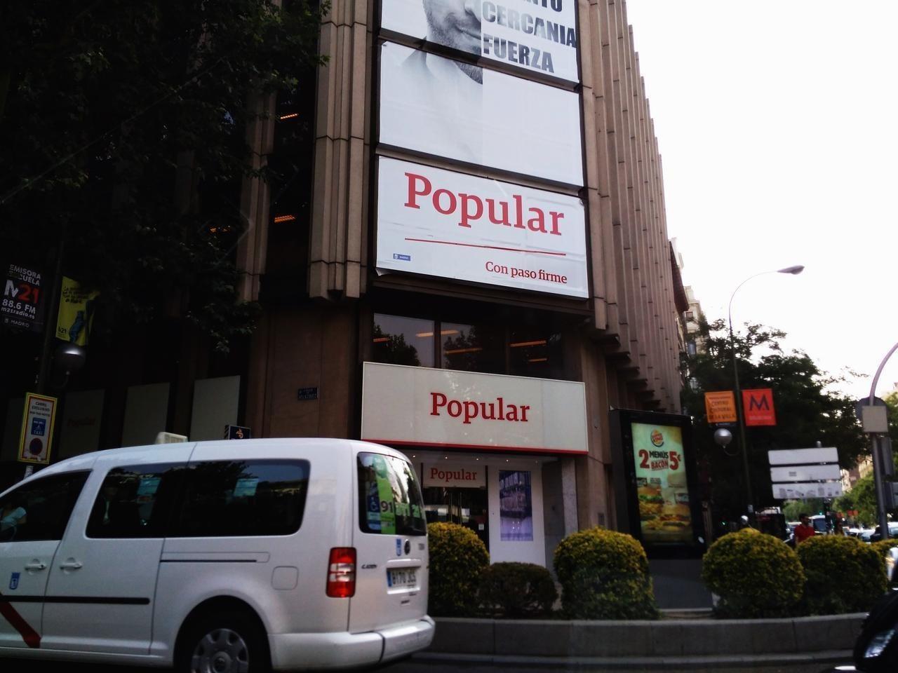 Lexnet se colapsa en plena operaci n salida de abogados for Clausula suelo santander