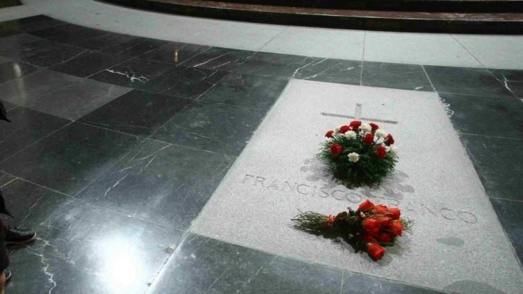 El prior del Valle de los Caídos pide que nadie se enfrente a la Guardia Civil