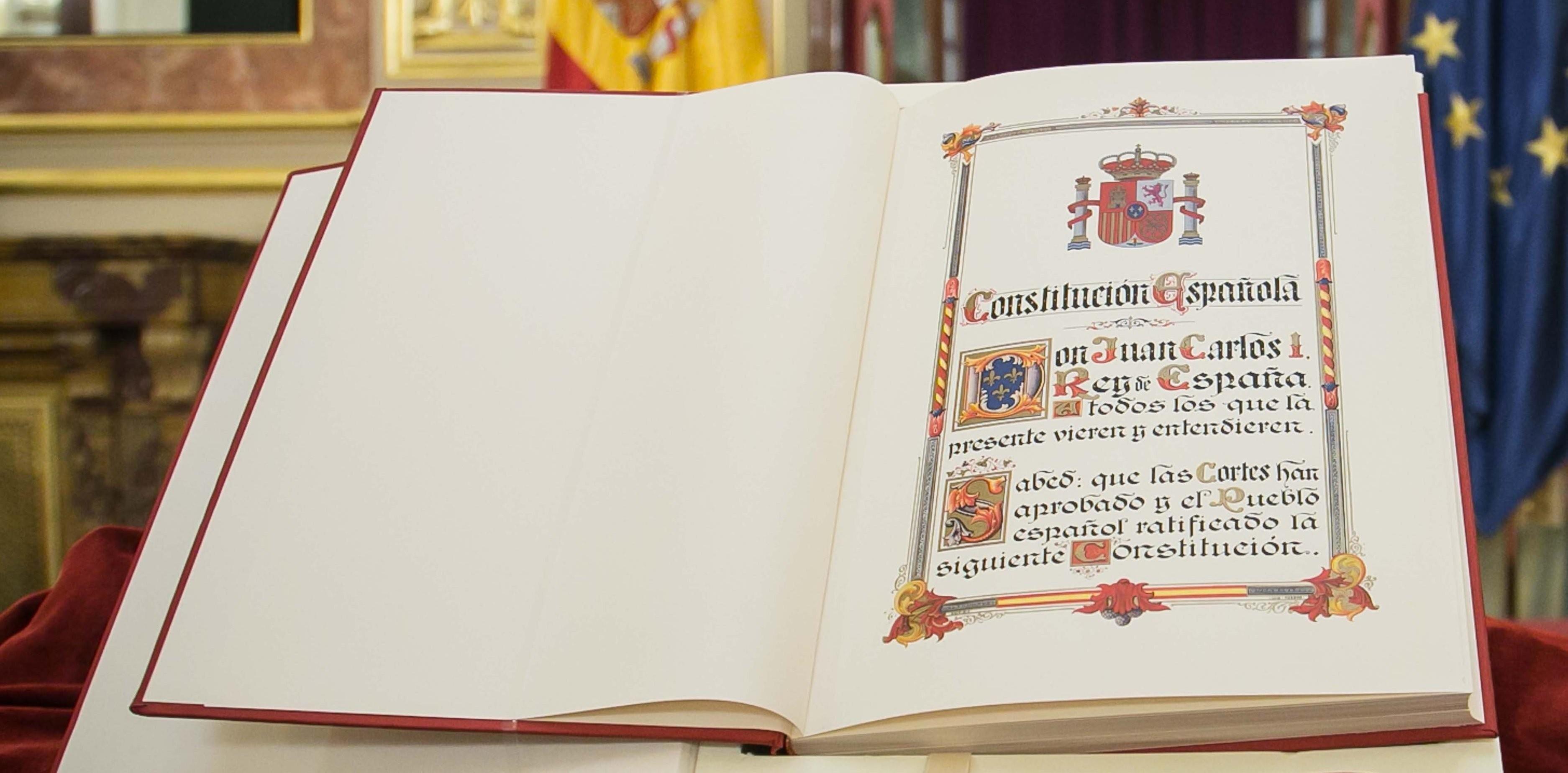 Resultado de imagen de constitucion española