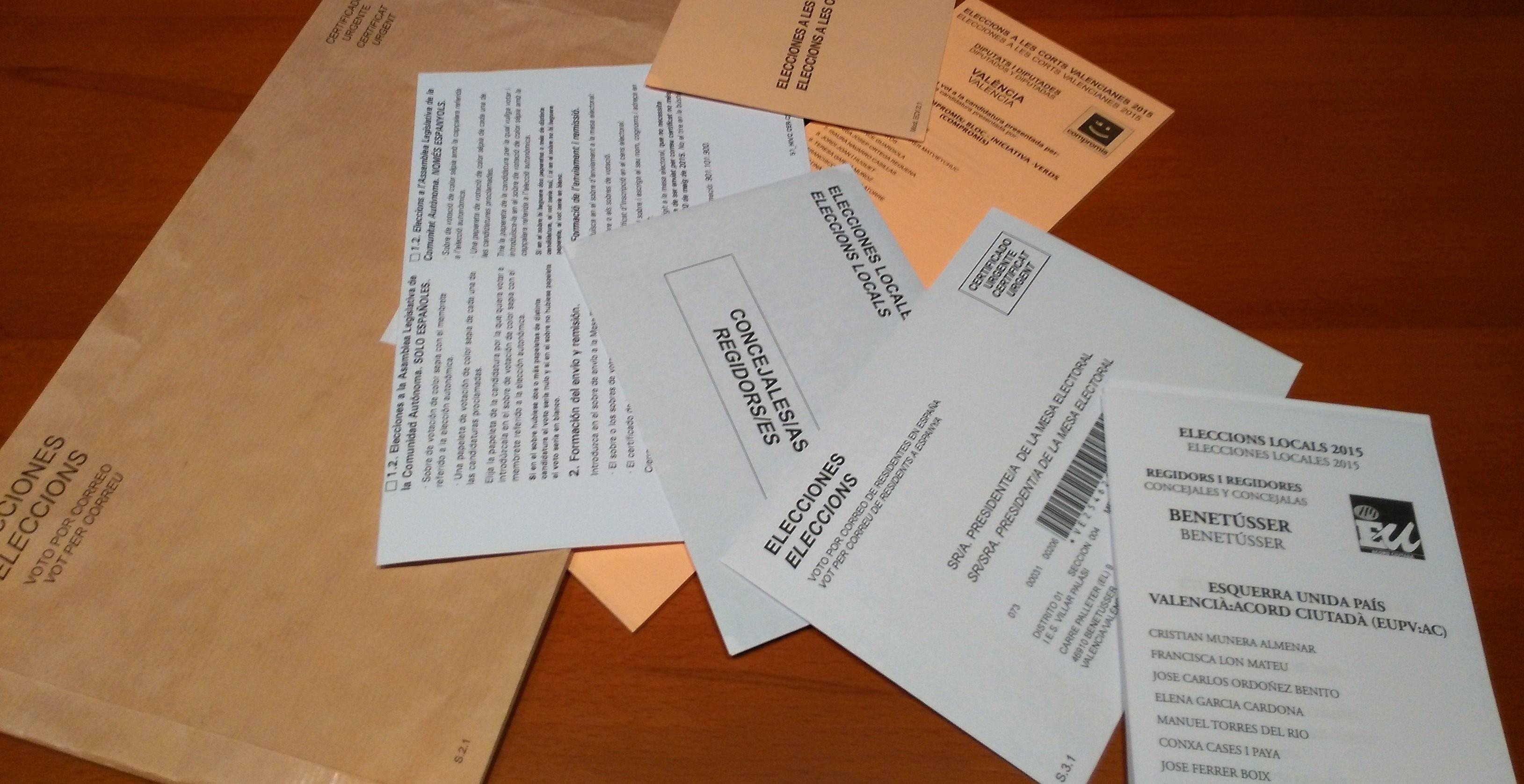 """Lío con el """"superdomingo"""" electoral: se necesitan papeletas moradas para las municipales"""