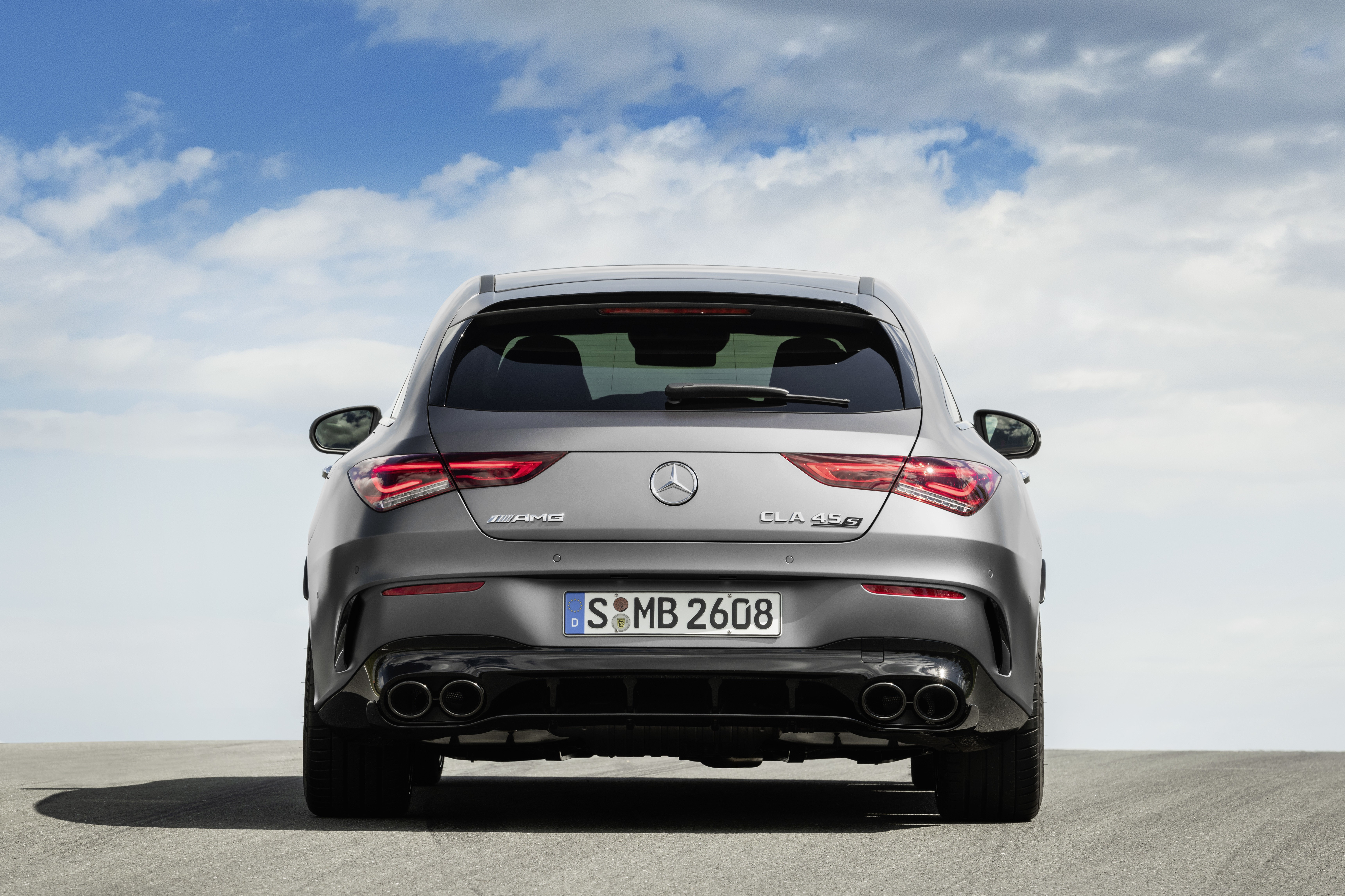 Mercedes-AMG CLA 45 S 4MATIC+ Shooting Brake (2019);Kraftstoffverbrauch kombiniert: 8,4-8,2 l/100 km; CO2-Emissionen kombiniert: 191-188 g/km*  Mercedes-AMG CLA 45 S 4MATIC+ Shooting Brake (2019);Fuel consumption combined: 8.4-8.2 l/100 km; Combined CO2 emissions: 191-188 g/km*