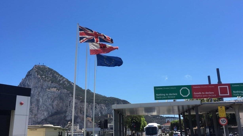 Gibraltar elige entre papá y mamá