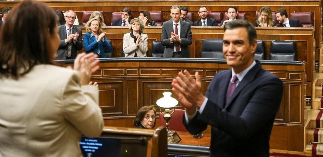 Podemos difumina a Pedro Sánchez