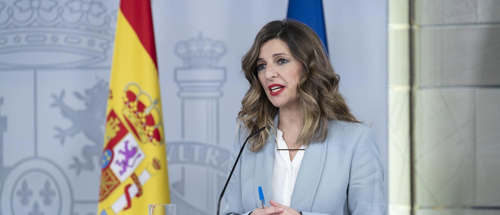 Yolanda Díaz se gana a Pedro Sánchez: pacta la comida semanal que Moncloa canceló con Pablo Iglesias