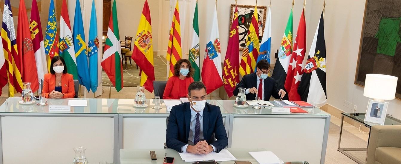 Covid-19. Prohibidos los viajes por toda España hasta Semana Santa y adelantado el toque de queda