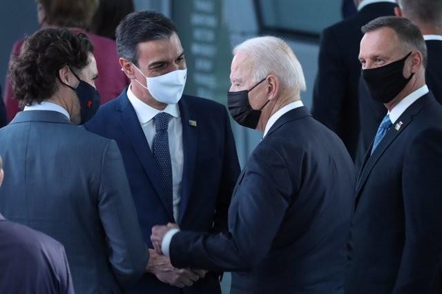 Biden mantuvo en vilo a Moncloa hasta el último segundo para los 26 pasos con Sánchez ante las cámaras