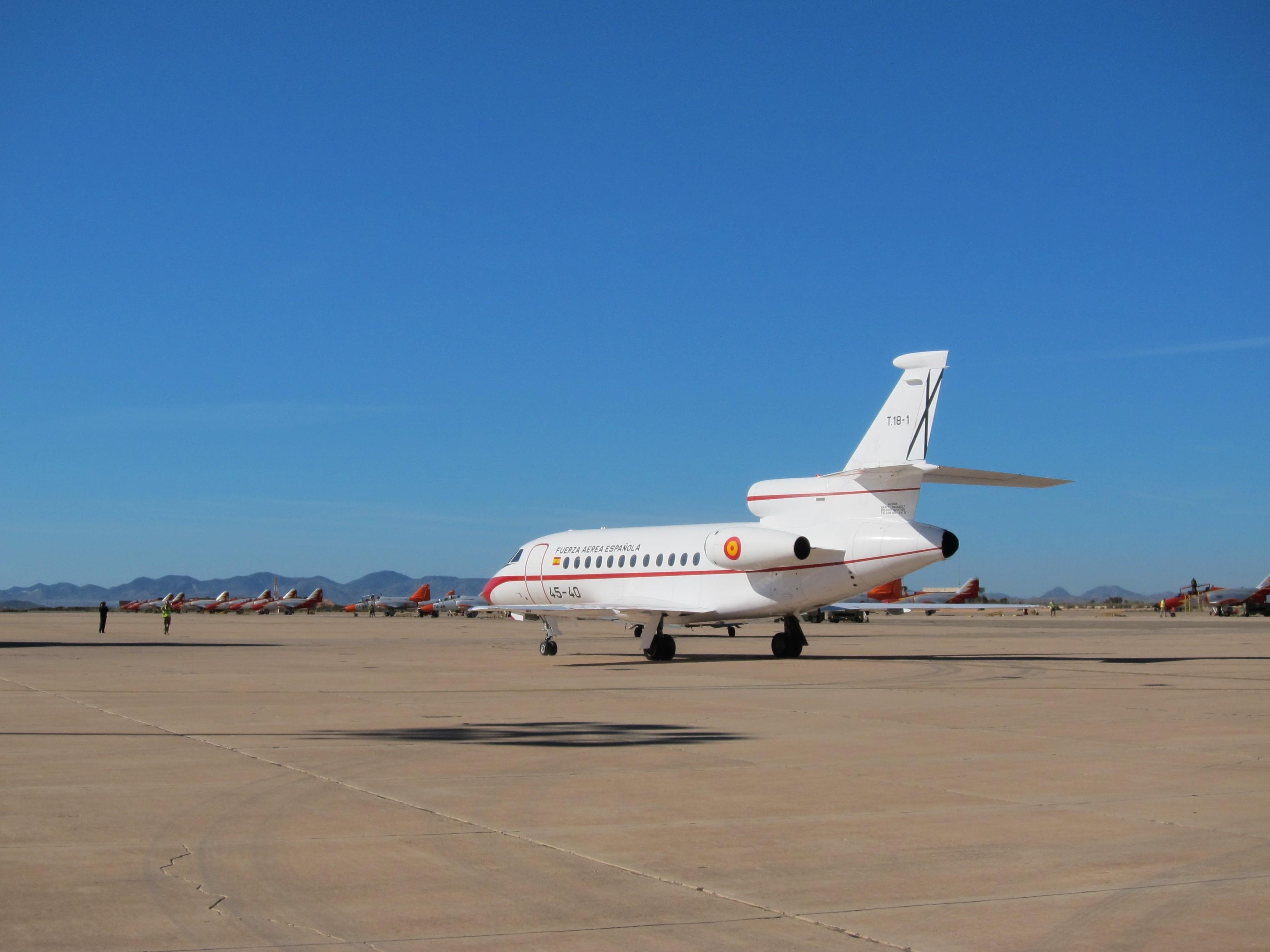 El Gobierno oculta cuántos viajes han realizado los ministros en aviones militares