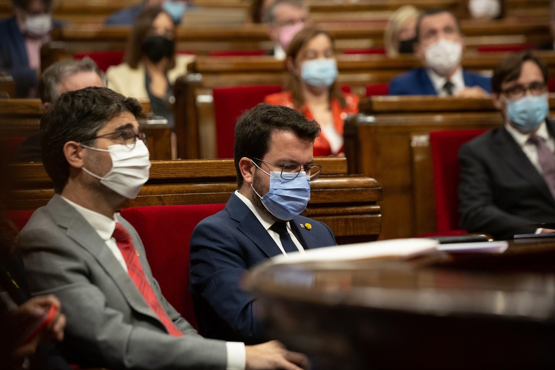 Diez años sin ETA: Pere Aragonès elogia a Otegi y se acuerda especialmente de las víctimas catalanas